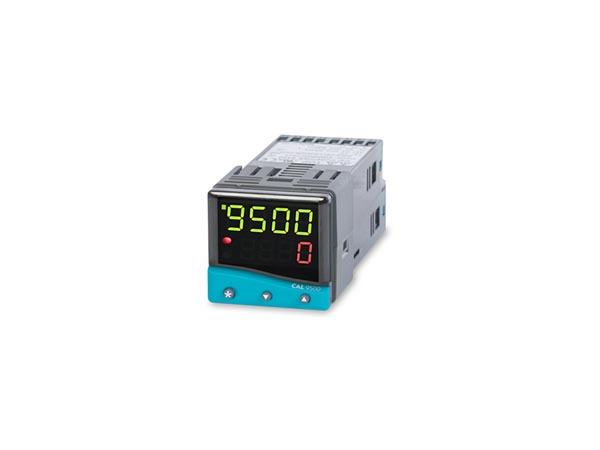 9500 Programmable Temperature Controller